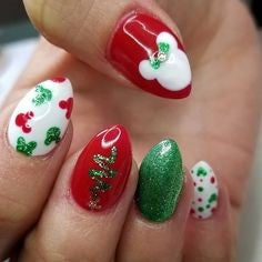 Christmas Disney Nail Design