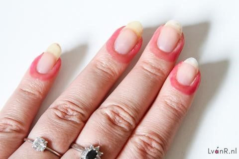 How to Use Peeling Nail Gel2