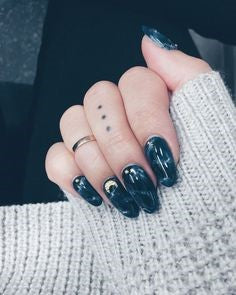 Summer Dark Sea Nail Color Idea