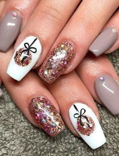 Christmas Neutral Nail Design