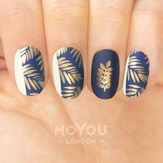 Gold Fall Nail Design