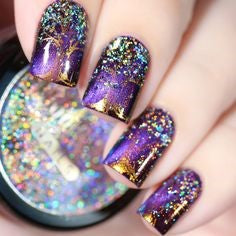 Tree Holographic Nail Design