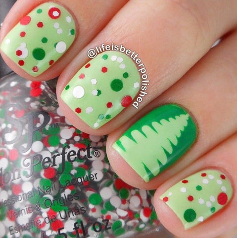 Surprise Christmas Nail Art Idea-5
