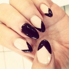 Gel Mountain Peak Nail Idea