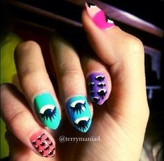Look into your eyes Mountain Peak Nail Idea