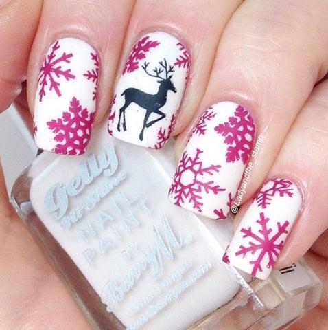 Surprise Christmas Nail Art Idea-8