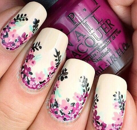 Best Stunning Floral Nail Designs-5