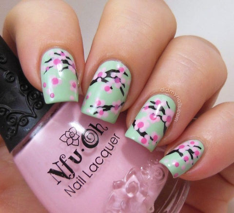 Best Stunning Floral Nail Designs-8