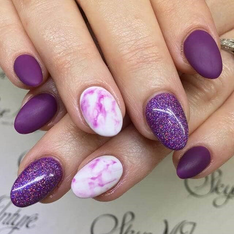 Glamorous and Glittery Purple Marble Nail Manicure