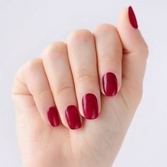 Pure red delicate short nail design