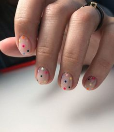 Colorful Spot Short Nails