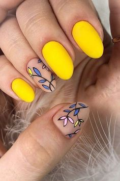 Cute Summer Nail Color Idea-11