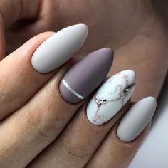 Marble coral nail design
