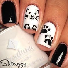 Black and white Cute Cat Nail Design