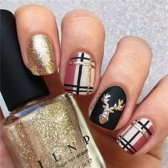 Glitter golden Christmas Nail Art Design