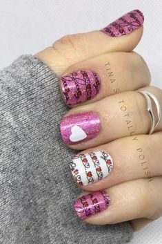 Women's Day Nail Design-1
