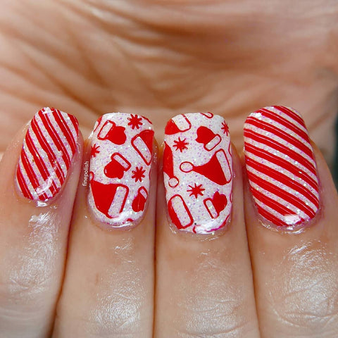 Red glitter christmas hat nail stamping design