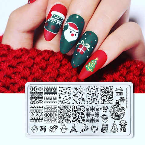 Green Christmas nail stamping design
