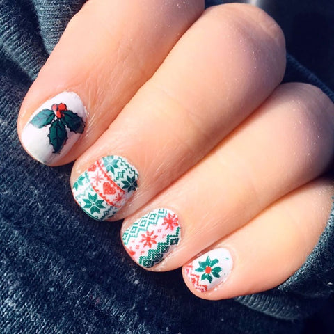 Cute Christmas nail stamping design