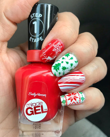 Christmas Tree Nail Stamping Design