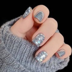 Christmas Day Light Nail Design