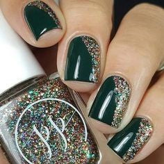 Silver sequin nail design