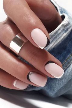 French Tip Nails-3