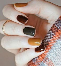 Solid color Autumn Nail Design