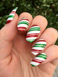 Christmas Nails-6 3-color nails