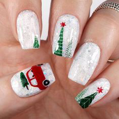 Green Glitter Winter Nail Design