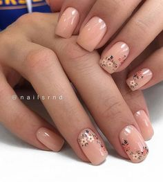 Flower Short Nails