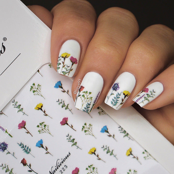 White Floral nails with SoNailicious stickers