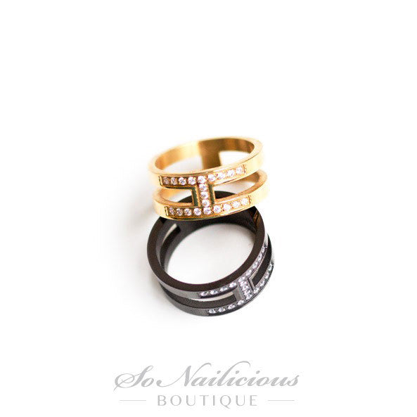 Gold Knuckle Ring With Diamantes