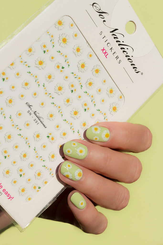 Daisy Nails with Daisy Garden SoNailicious stickers