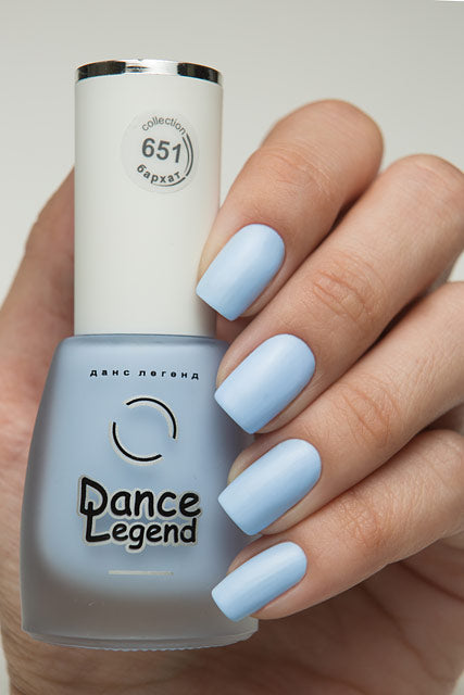 DANCE LEGEND 651 blue matte nails