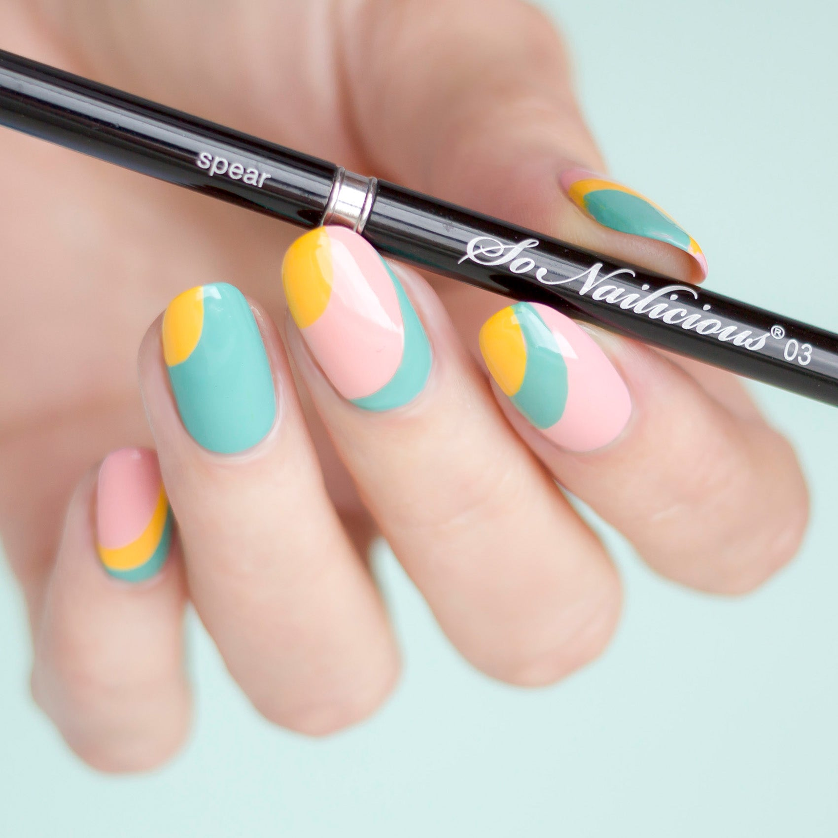 The SoNailicious Brush #3 SPEAR - Striping Nail Art Brush ...