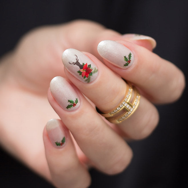 Deer Christmas nails with SoNailicious stickers 303