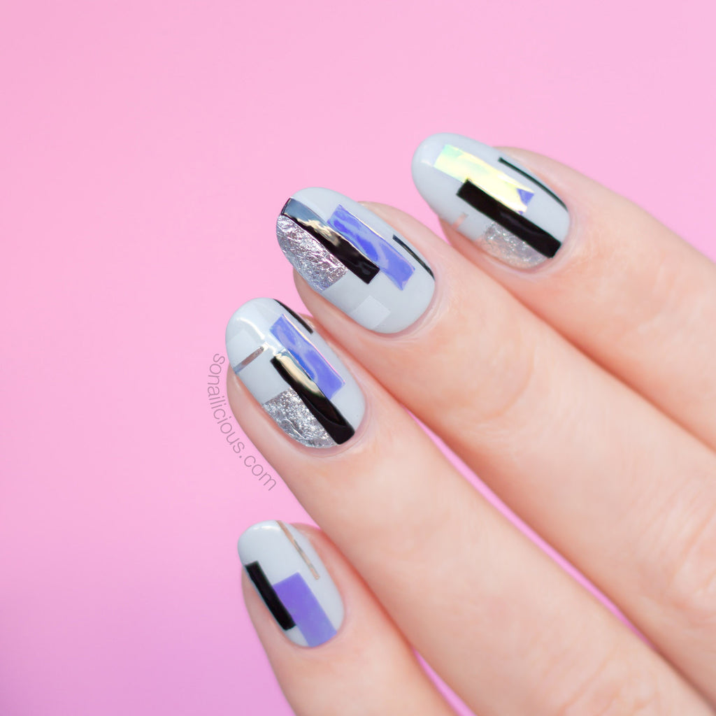 Grey nails with silver foil