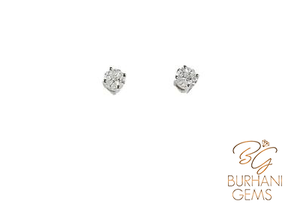 18KT GOLD DIAMOND STUD EARRINGS
