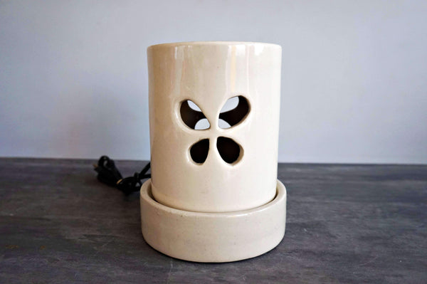 Ceramic Off white Butterfly Electric Diffuser
