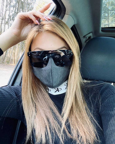 Best Ways to Wear Sunglasses and a Mask