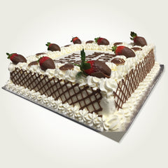 Fresh Cream & Strawberry with Chocolate Fence