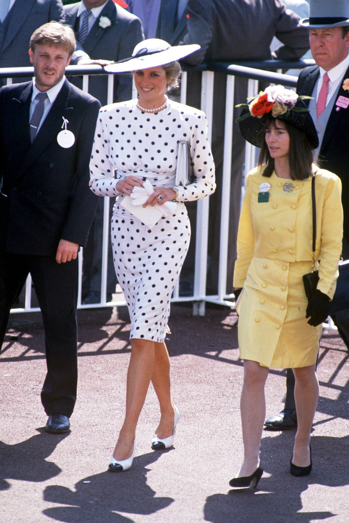 This iconic Princess Diana fashion trend is making a huge comeback Read more at http://www.marieclaire.co.uk/entertainment/people/princess-diana-fashion-trend-518348#vgTjSAG7BSIq6u54.99