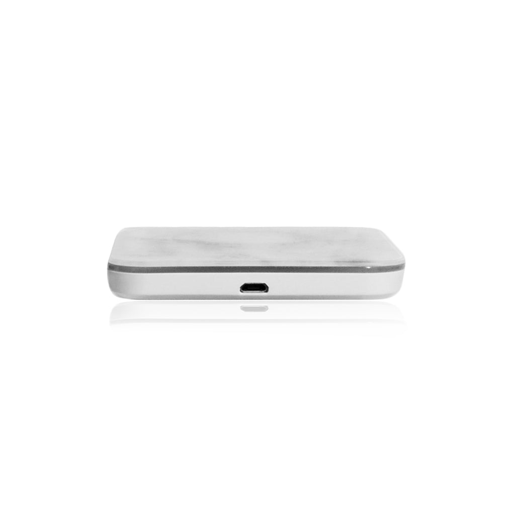 MOTIF | Wireless Charging Pad for iPhone X, iPhone 8 Plus, iPhone 8 - White