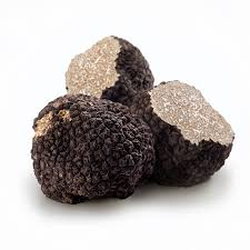 Whole Large Black Winter Truffles *RW* (price per gram)