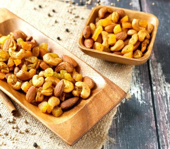 Moroccan Spiced Roasted Mixed Nuts 1kg Bag ( Vegetarian Friendly )  (Pre Order 3Days)
