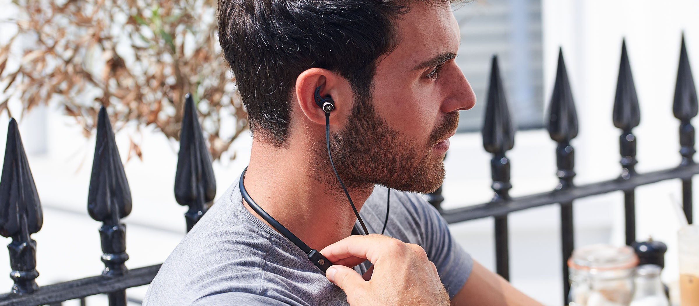 Ultrafit 1 wireless headphones