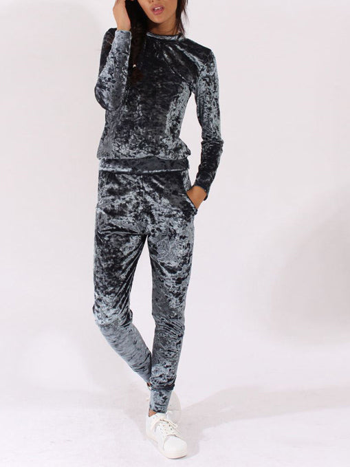 cozy thermal pajamas velvet sets with a boat neckline and long sleeves velour pants with side slip pockets