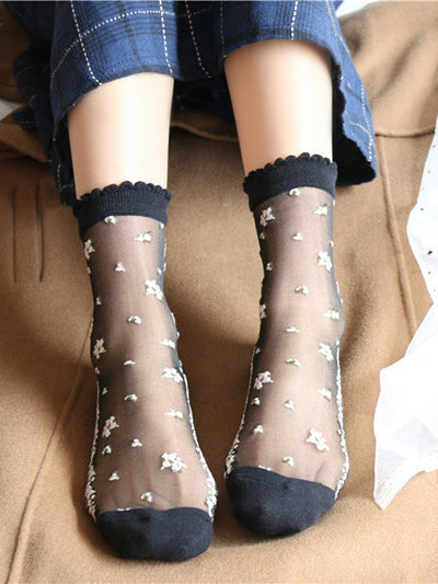 Floral Embroidered Ankle Socks