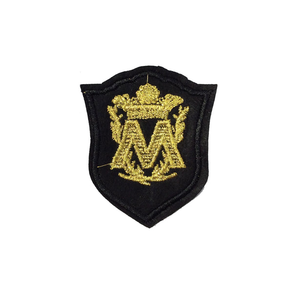 PC2095B - M Letter Shield Badge (Iron On)